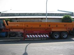 砂石车两轴31尺利兆实业有限公司